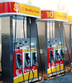 red-gas-pump-2