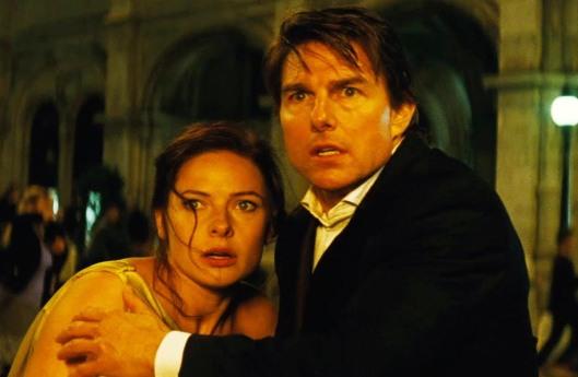 Rebecca Ferguson and Tom Cruise